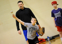Current, former high school pitchers lead clinic