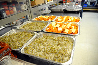 Alley helps serve Thanksgiving Day meal