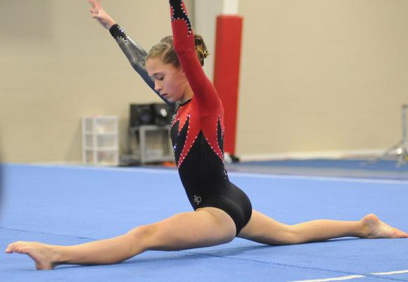 Floor Gymnastics Splits