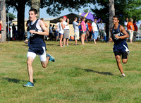 3 county teams race in weekend's Salem Invitational