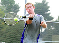 Eagles sweep singles for win against Owls
