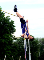 School record pole vaulter made strides through consistent effort