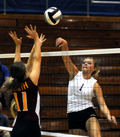 Owls earn awards - Seymour volleyball team celebrates