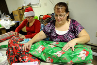 Local church donates presents to inmates??? children