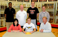 Braves??? Schneider signs to play basketball, baseball at Purdue Calumet