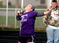 Thrower leads Owls??? field athletes