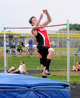Brownstown senior jumps his way back to state competition